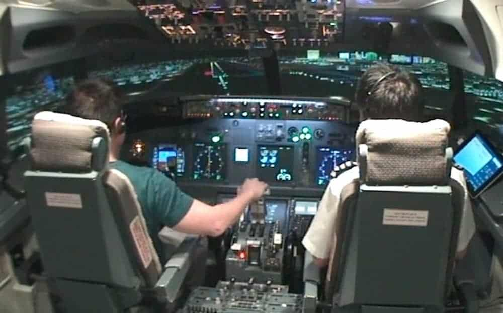 Boeing 747NG compaitble procedure trainer aka flight simulator - Seamus Phan Licence 2
