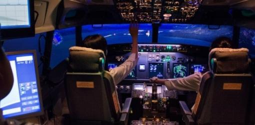 Realistic training within a 737NG Flight Simulator at Flight Experience Singapore